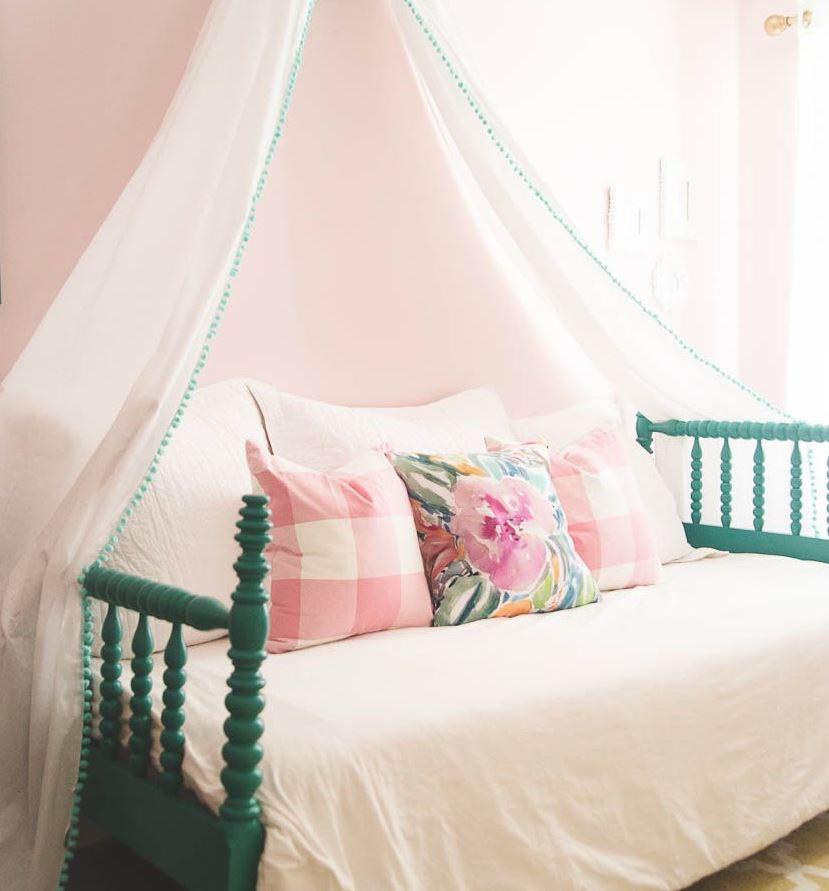 accesorios para decorar habitacion de niña red