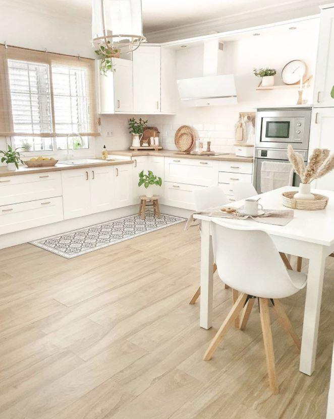 cocinas color madera clara