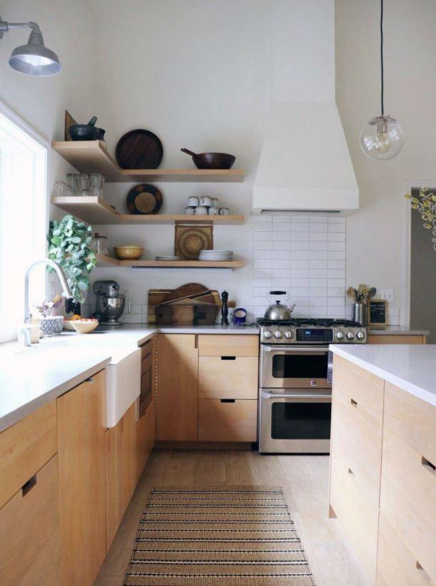 cocinas en madera y blanco