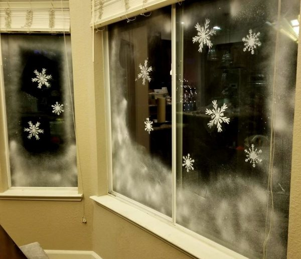 decoracion de ventanas con nieve artificial
