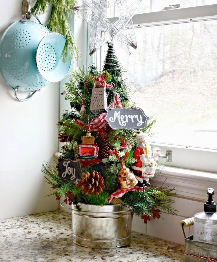 mini arbol de navidad para decorar ventana