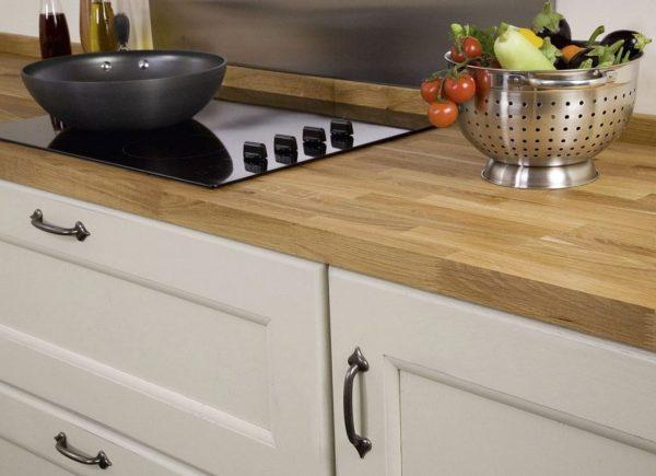 muebles de cocina con encimera de madera