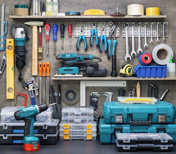 como colocar las herramientas en la pared