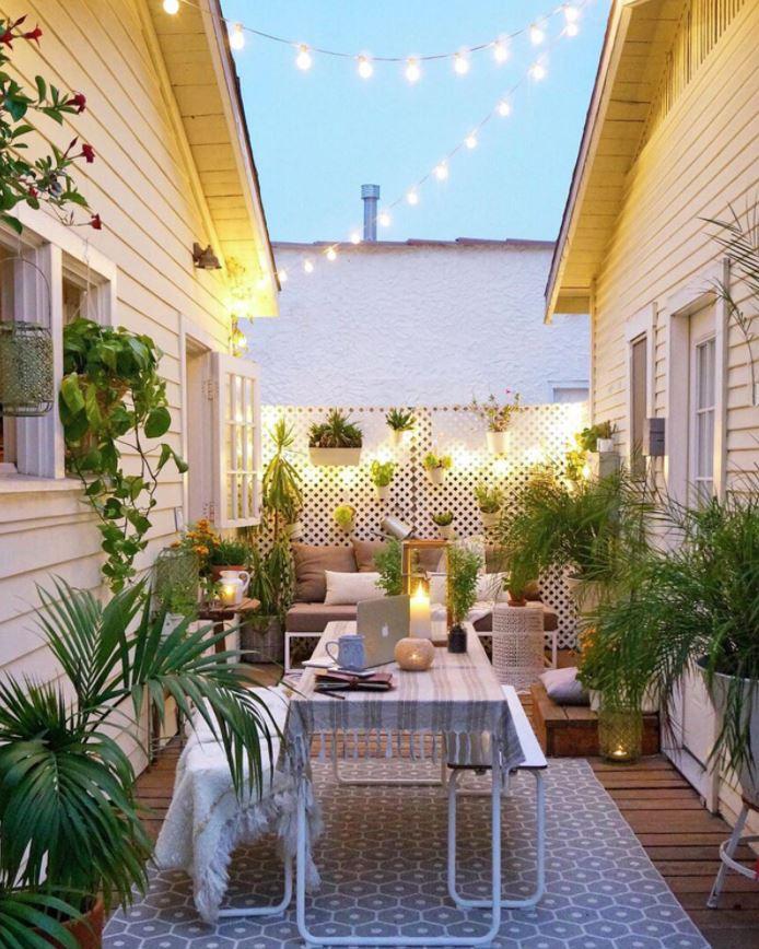 adornar un patio interior - decorarcongusto