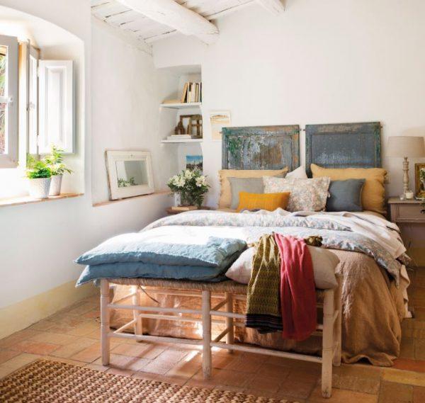 cabecera de cama reciclada