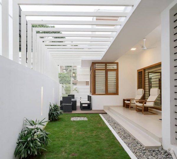 como decorar patios interiores modernos