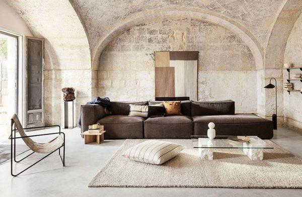 paredes de piedra en salones modernos