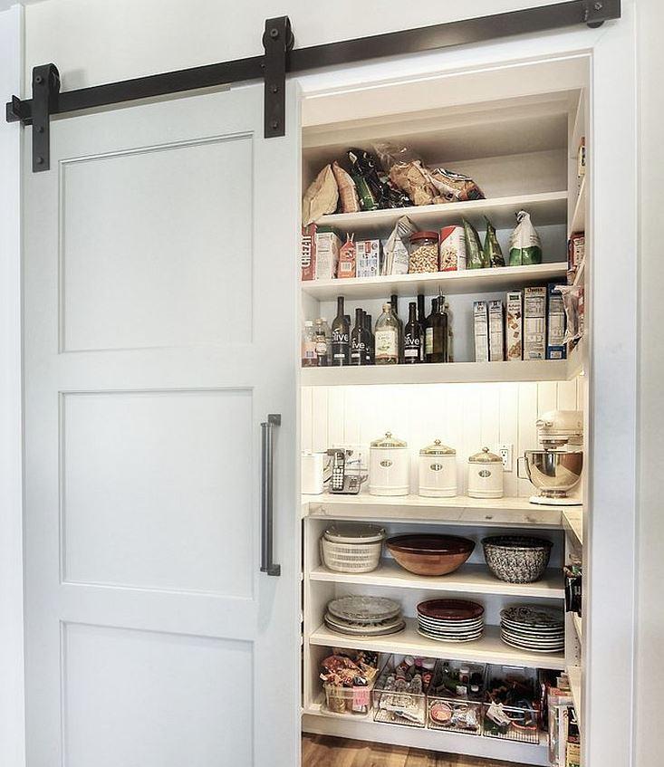 puerta corredera para despensa cocina