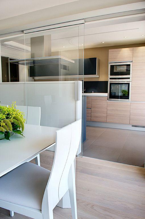 puerta corrediza de vidrio para cocina