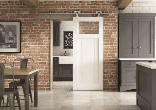 puerta de madera con cristal cocina baño