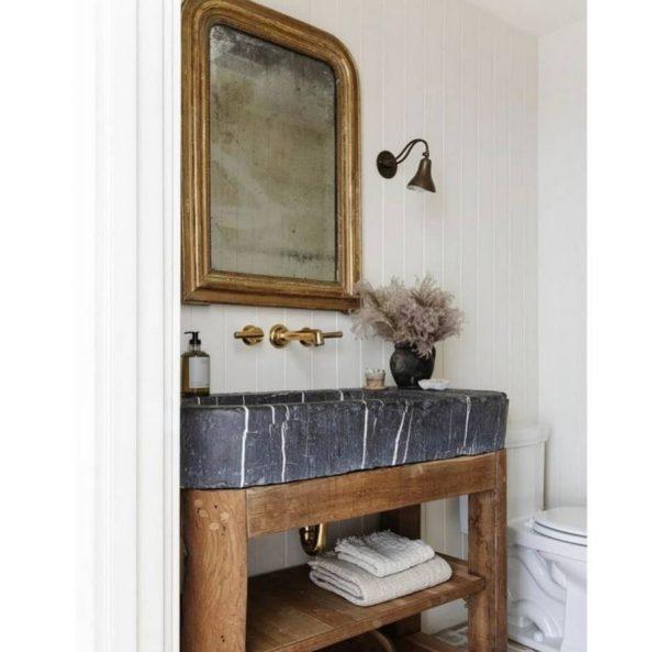 diseño cuarto de baño pequeño de piedra