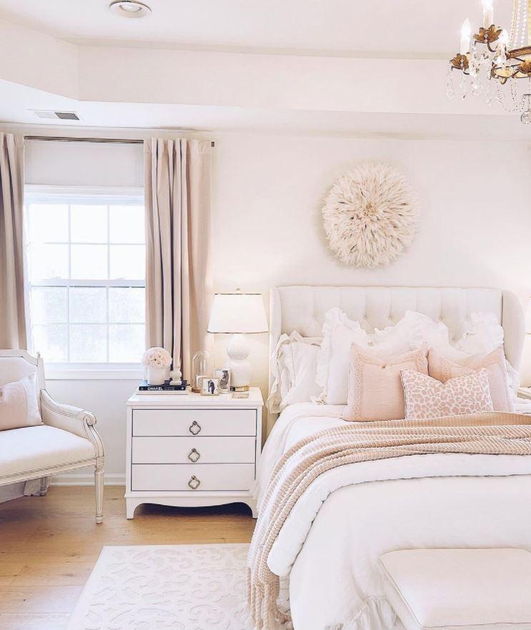 habitaciones en blanco y rosa matrimonio