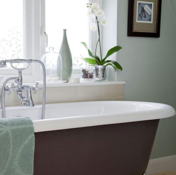 decoración de baños pequeños con plantas