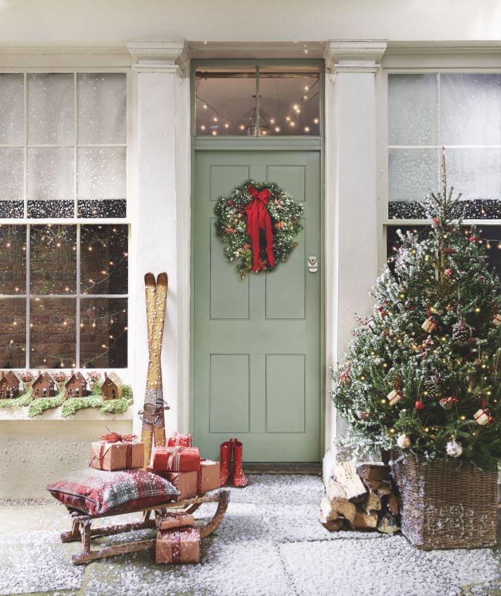 como decorar una puerta navideña