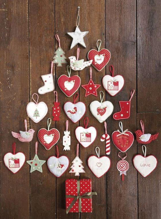 arboles de navidad en pared