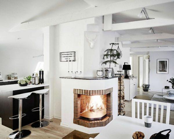 atico estilo nordico con chimenea