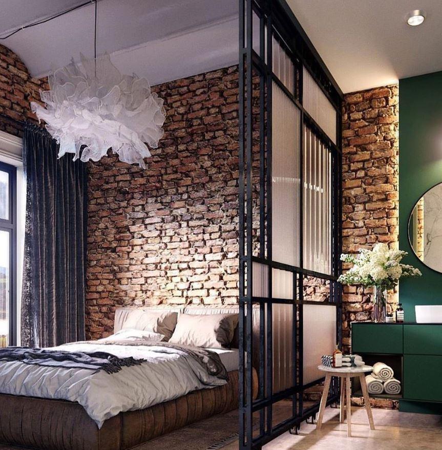 baños integrados en el dormitorio con mampara