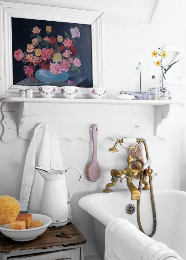baños rusticos con bañera griferia