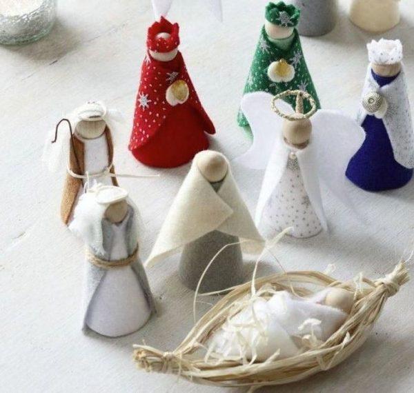 belenes con material reciclado