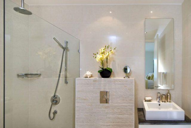 cómo mejorar un baño sin ventanas