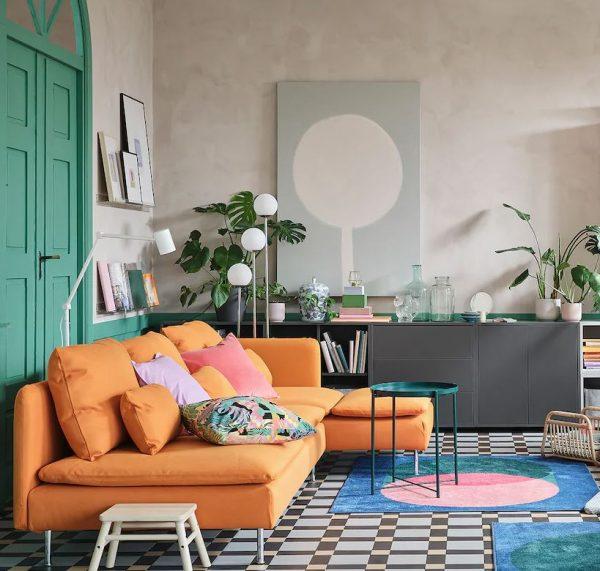 colores para pintar salon con sofas naranjas