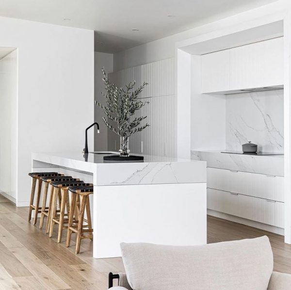 como decorar cocinas blancas