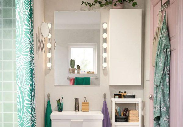 como decorar un espejo de baño