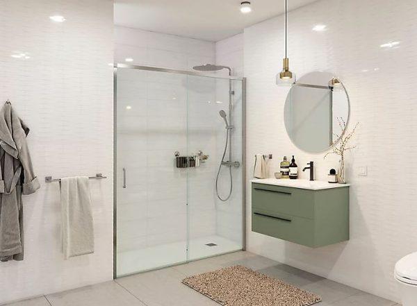 como iluminar un baño rectangular