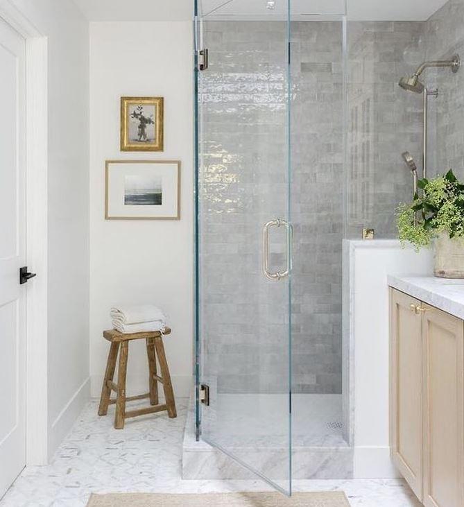 dar luz a un baño interior