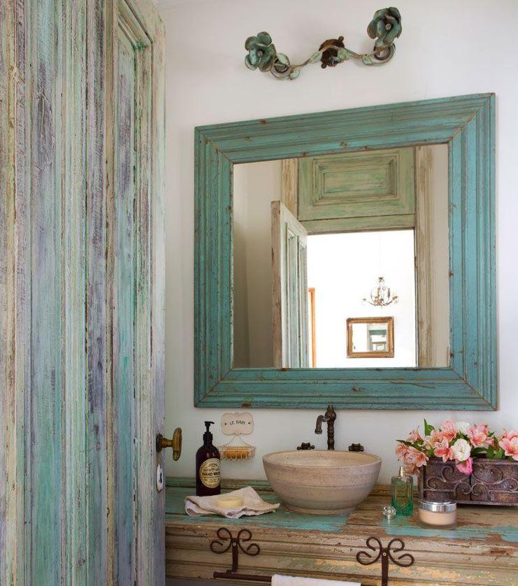 decorar baños con espejos cuadrados