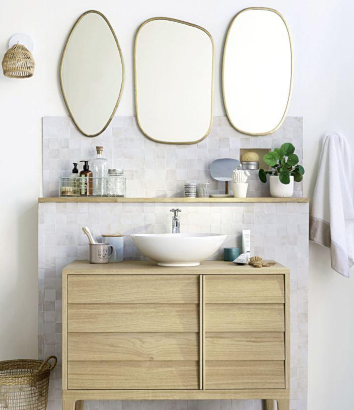 decorar pared varios espejos