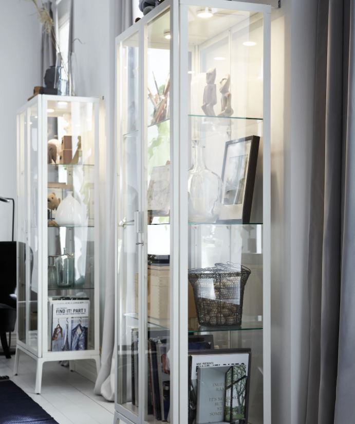 estanteria transparente ikea