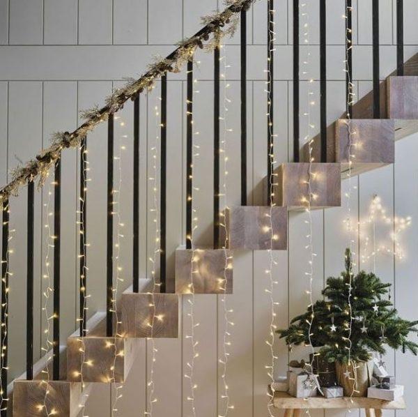estrellas de navidad con luces