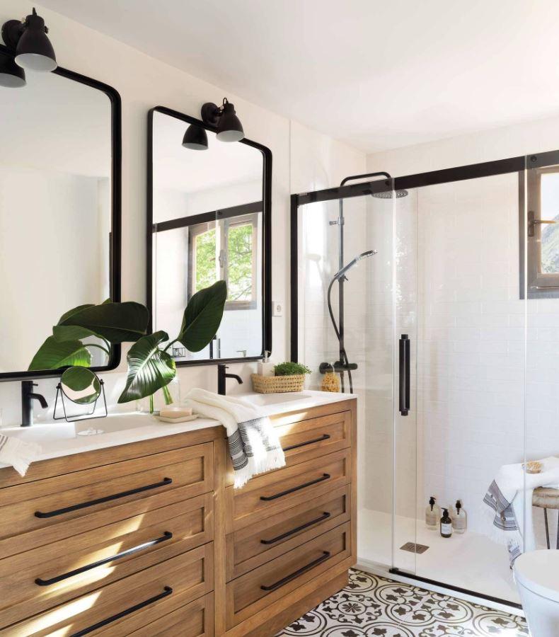 fotos de cuartos de baño con plato ducha