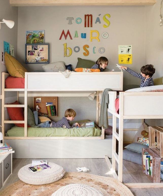 habitacion infantil 3 camas