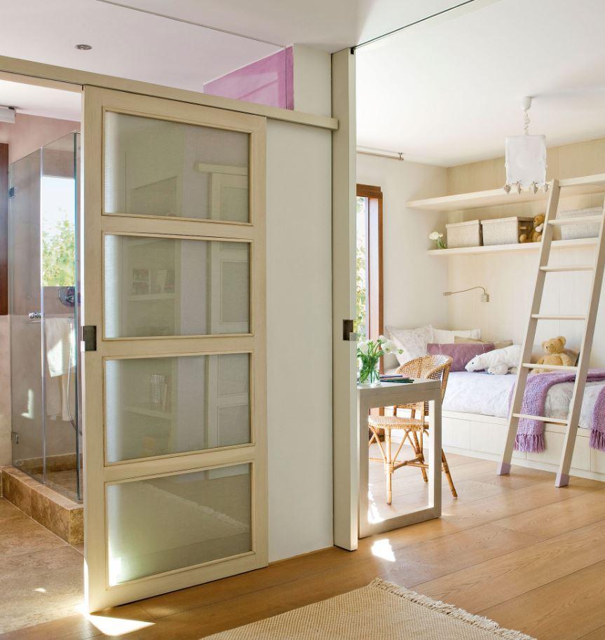 habitaciones infantil con baño abierto