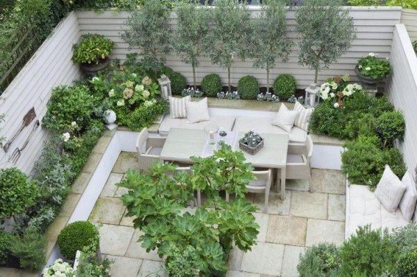 jardines de casas particulares