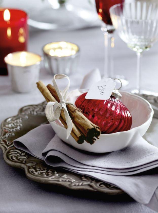 mesas de comedor con decoracion navideña